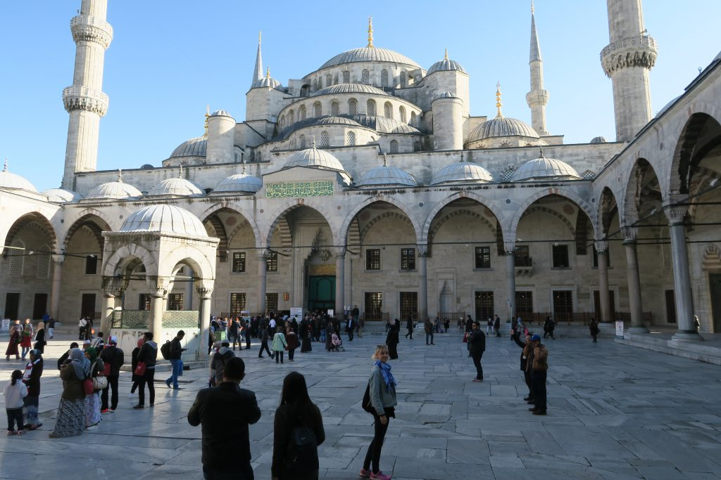 blue mosque istanbul turkey turkish airlines free tour