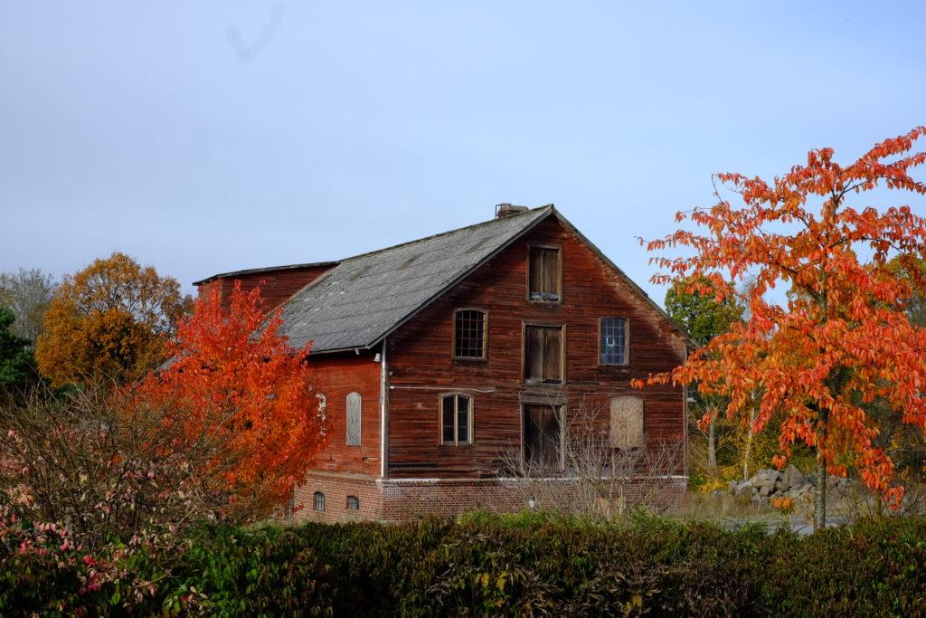 rustic old farm house höör train station