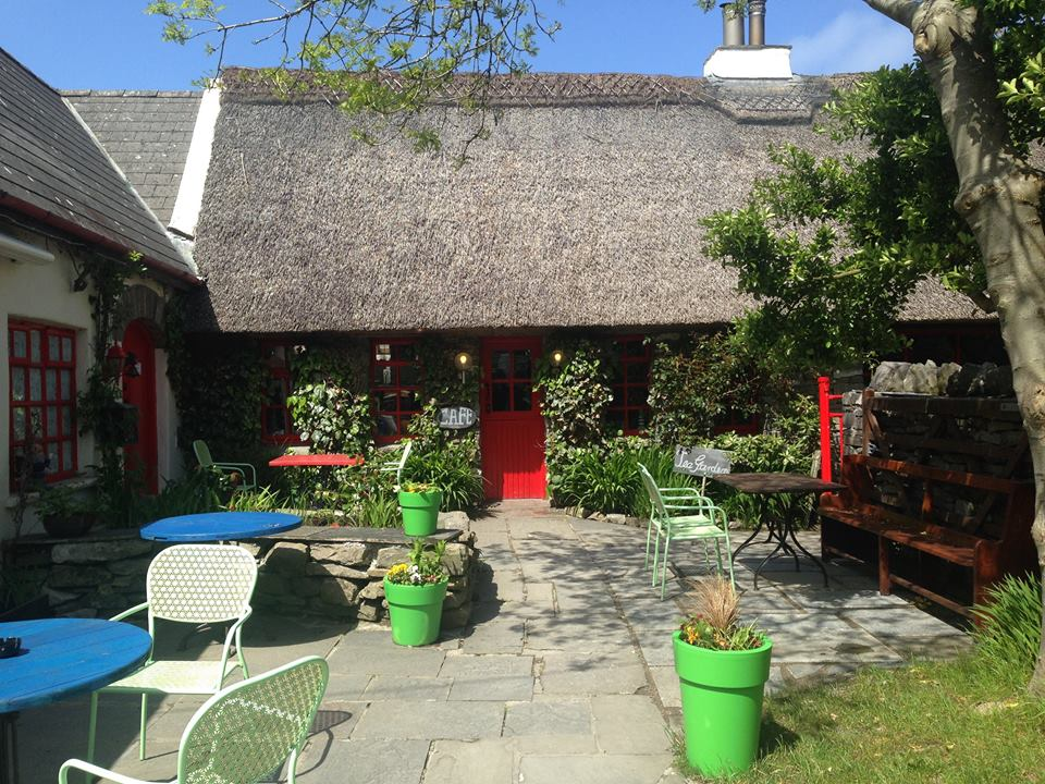 doolin ireland cute cottage